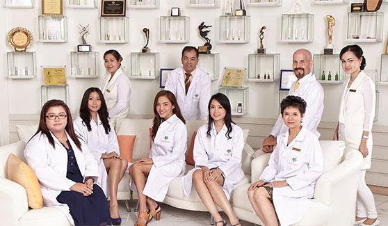 Dr Orawan Medical Team